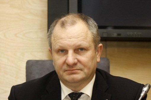 Prokuratūra areštavo K. Komskio ir jo sūnaus turtą, skyrė rašytinį pasižadėjimą neišvykti