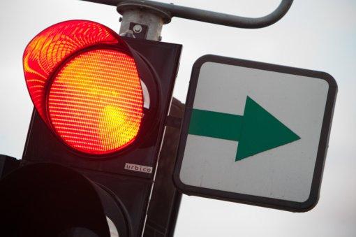 Svarbu vairuotojams: Pakruojyje nebelieka žaliųjų rodyklių