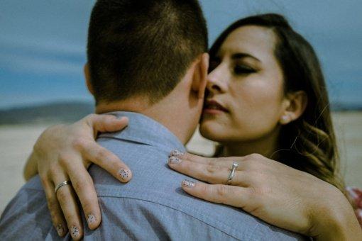 4 paslaptys, kurių neturėtumėte sakyti savo vyrui
