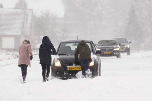 Nyderlanduose kilo pirma per 10 metų žiemos audra