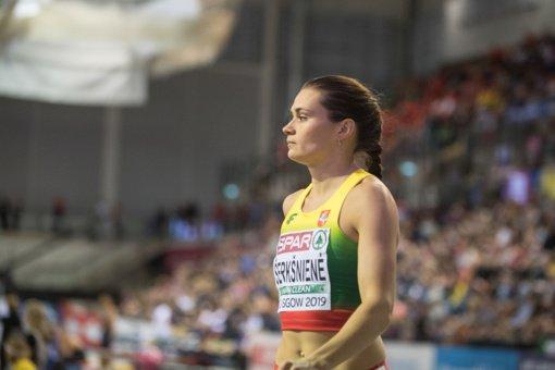 A.Šerkšnienė užfiksavo aštuntą rezultatą pasaulyje ir pagerino Lietuvos rekordą