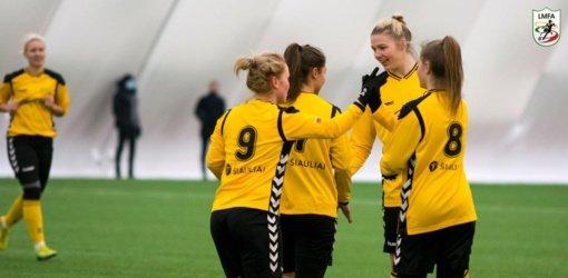 """""""Gintra"""" ir jaunimo komanda Žiemos taurės turnyre žygiuoja pergalingai"""