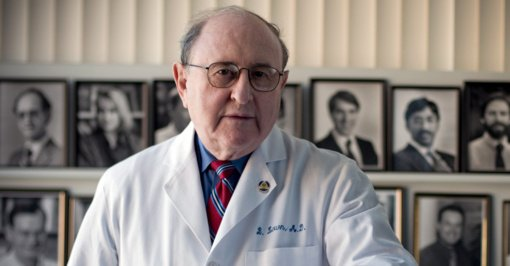 JAV mirė Lietuvoje gimęs defibriliatoriaus išradėjas ir Nobelio premijos laureatas