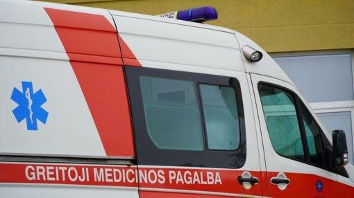 Šiauliuose automobilis kliudė pėsčiąjį: vyras gydomas ligoninėje