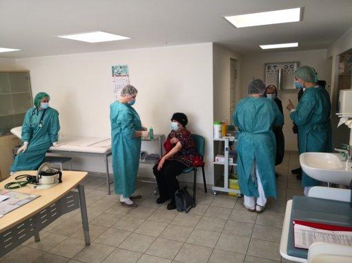 Aptarta skiepijimo nuo Covid-19 situacija Jurbarko rajone – gautos naujos vakcinų siuntos