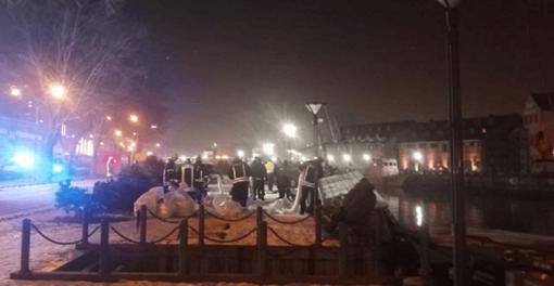 Danės upėje vėl skęsta laivas