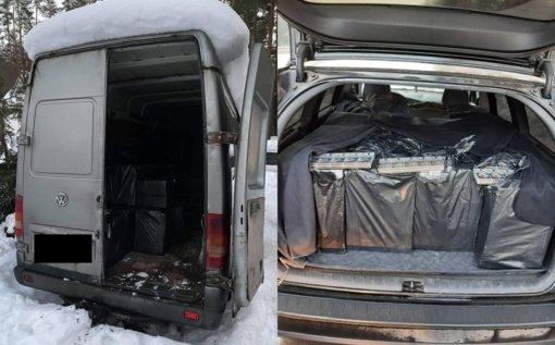 Greitkelyje Vilnius–Kaunas sustabdytas kontrabandinių rūkalų prikimštas automobilis