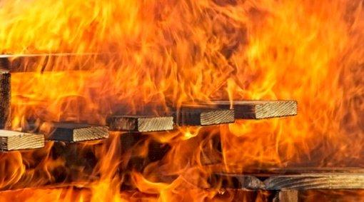 Musninkuose degė pirtis
