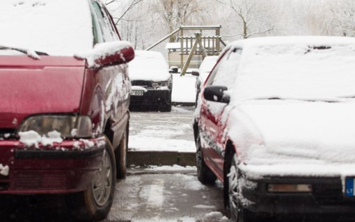 Pasikeitė privalomas automobilių laikymo vietų skaičius ir jų atstumai iki namų