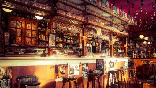 Tyrimas: barai ir restoranai nėra COVID-19 židiniai