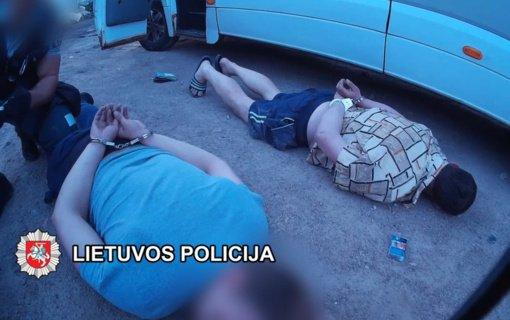 Į Lietuvą pargabentas vienas iš, įtariama, tarptautiniu mastu veikusios nusikalstamos grupuotės narių
