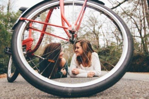 Psichologė pataria, kaip sutarti su maištaujančiais paaugliais