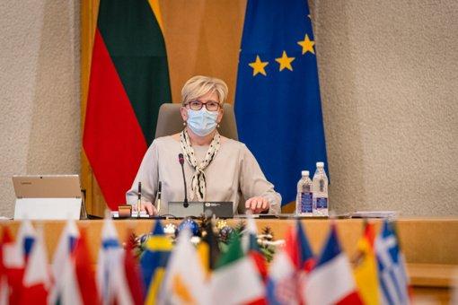 """I. Šimonytė: neužtikrinus vakcinavimo, apie """"žaliojo paso"""" privilegijas kalbėti anksti"""