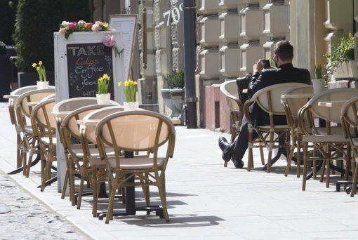 Vilnius ruošiasi lauko kavinių sezonui: įvedė kelias naujoves