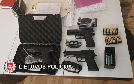 Klaipėdos kriminalistai užkirto kelią galimam jaunimo grupuočių santykių aiškinimuisi brutualiais būdais