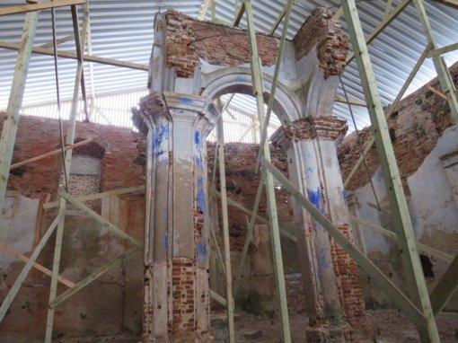 Kalvarijos vasarinė sinagoga jau apsaugota nuo lietaus ir sniego