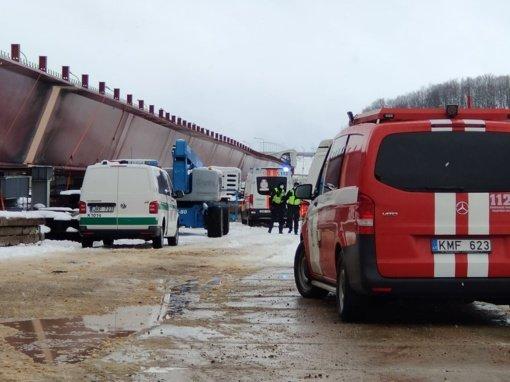 Darbuotojo gyvybę nusinešusi nelaimė Kleboniškio tilto nepažeidė
