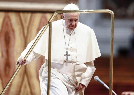 """""""Taikos piligrimas"""" popiežius Pranciškus pradeda istorinį vizitą karo nualintame Irake"""
