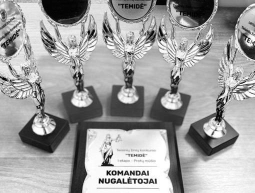 """Teisinių žinių konkurso """"Temidė"""" I etapo komanda nugalėtoja –""""Žeimelio ekspertai"""""""