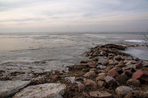 Vasarį Kuršių marias užteršė termofikacinis vanduo su rūsio grindų nuosėdomis