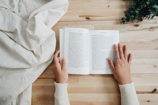 5 knygos, kurias verta perskaityti 2021 metais