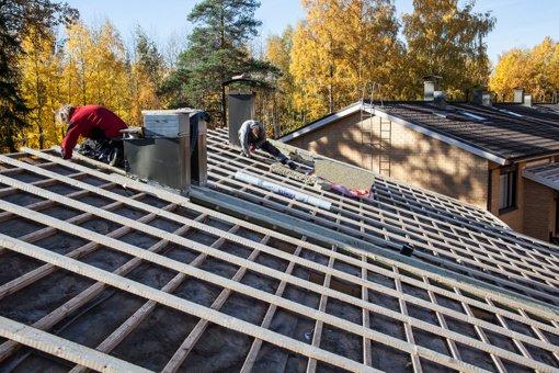 Pasenęs stogas gadina gyvenimą: požymiai, kad laikas renovacijai