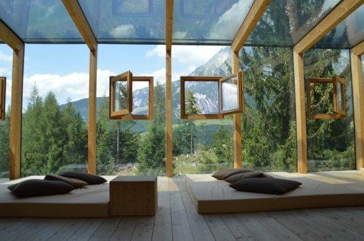 Dažyti mediniai langai. Ar jie gali būti ekologiški?