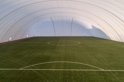 Panevėžio regione – pirmasis pripučiamas futbolo maniežas