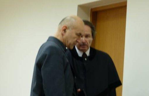 Teismas išteisino Troškūnų kleboną dėl aplaidaus parapijos ir savo ūkio apskaitos tvarkymo
