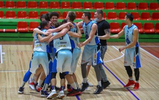 """Stebuklą sukūrusi """"KKSC-Elmio"""" ekipa keliauja į RKL ketvirtfinalį"""