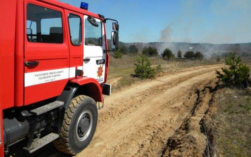 Už žolės deginimą gyventojams gresia baudos