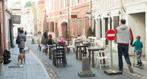Vilniuje ketinama iš dalies kompensuoti restoranų ir kavinių nuomos mokestį, panaikinti lauko terasų mokestį