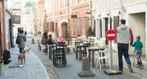 Svarbiausi ketvirtadienio įvykiai: atvertos kavinės, klimato kaita ir Seimo sprendimai