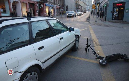 Sostinėje automobilis kliudė paspirtuku važiavusį vyrą