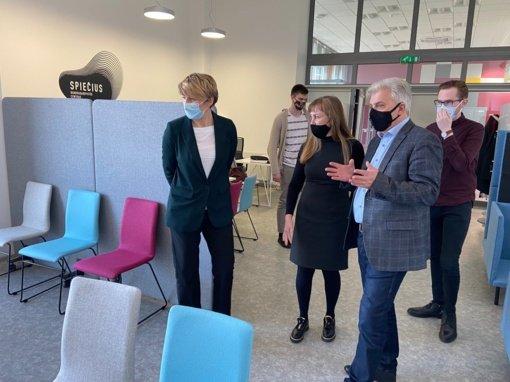 """Utenoje atidarytas bendradarbystės centras """"Spiečius"""""""
