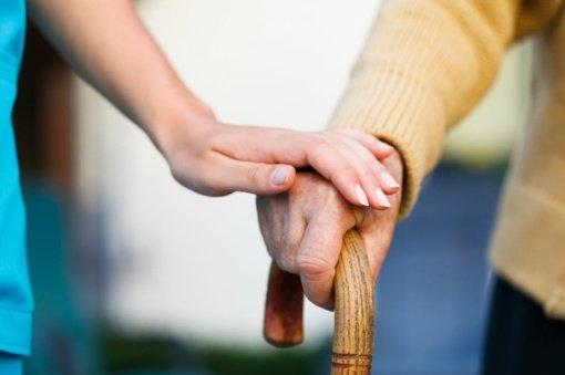Visagino savivaldybė prašo informuoti apie žmones, kuriems reikia socialinės pagalbos