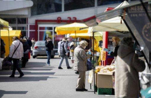 Lietuvoje – vėl daugiau nei tūkstantis naujų COVID-19 atvejų, 13 mirčių