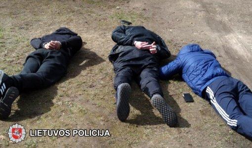 Policija išsiaiškino, kas Vilniuje Velykų naktį sukėlė sprogimą