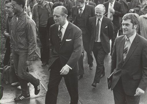 Jungtinė Karalystė mirusį princą Philipą pagerbs patrankų salvėmis ir tylos minute