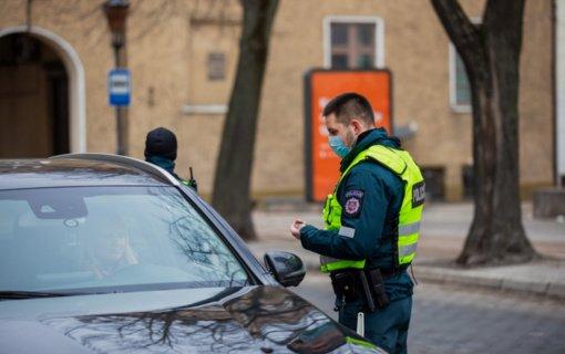 Klaipėdos apskrityje pareigūnai nustatė 3 neblaivius ir 2 teisės vairuoti neturėjusius vairuotojus