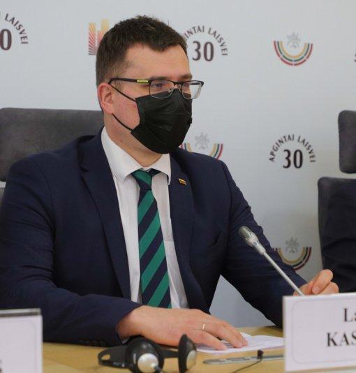 Seimas po pateikimo pritarė siūlymui, kad iš nacionaliniam saugumui užtikrinti svarbių įmonių būtų reikalaujama pranešti apie sudaromus sandorius