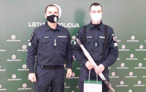 Šilutės pareigūnas ne tarnybos metu sulaikė du pažeidėjus