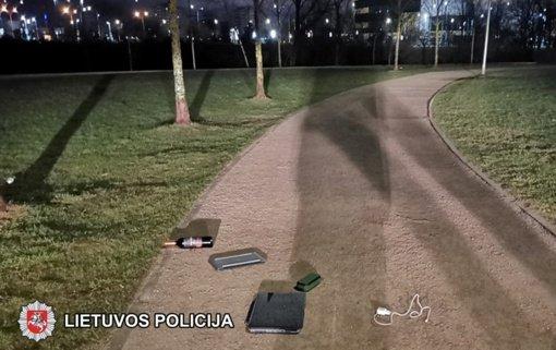 Vilniuje su galimai vogtais daiktais sulaikytas jaunas vyras