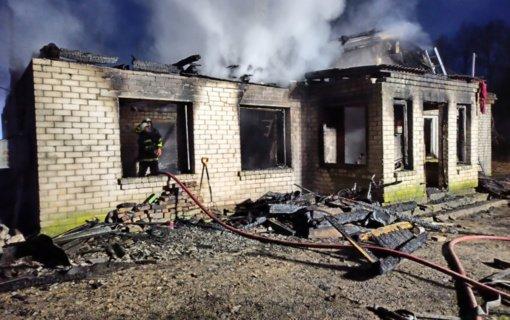 Ministrė M. Navickienė: nuo pražūtingo gaisro Anykščių rajone nukentėjusiai šeimai bus suteikta visa reikalinga pagalba