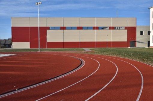 Mokyklos sporto aikštynas jau atviras ir gyventojams