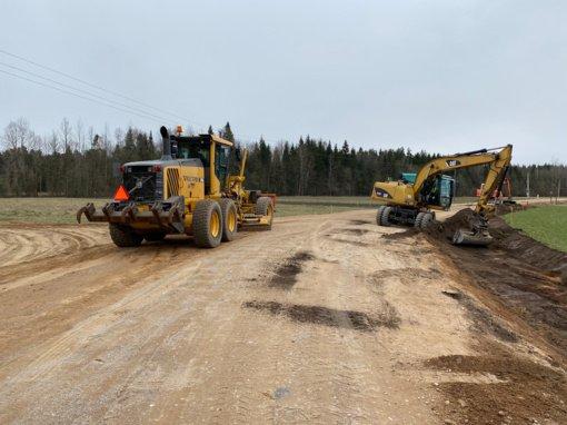 Tauragės rajono kelyje Skaudvilė–Gervėčiai vyksta intensyvūs kapitalinio remonto darbai