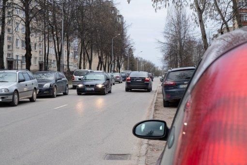 Po problemiškiausios Alytaus gatvės remonto – pusšimtis naujų vietų automobiliams