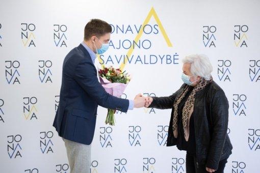 Ilgametė Jonavos rajono pareigūnė L. Paklina išlydėta į pensiją