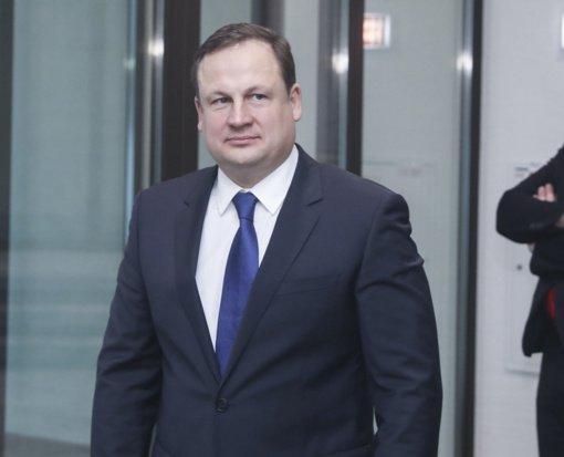 Buvusiam generaliniam prokurorui ketinama suteikti Ukmergės garbės piliečio vardą