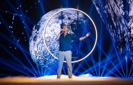 """""""Didžiajame šou burbule"""" – intriguojanti premjera ir daugelį dalyvių pasitempti privertusi tema: kam šis vakaras taps paskutiniu?"""